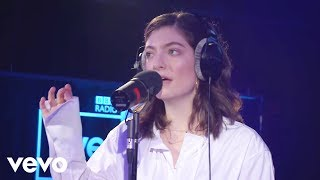 Lorde - In The Air Tonight (Phil Collins cover) in the Live Lounge
