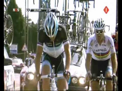 [Paris - Roubaix 2011] Decisive moment: Cancellara, Hushovd and Ballan split off and play poker