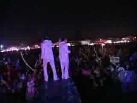 Banda Pequeños Musical - Voy A Danzar y El Tonto En Vivo