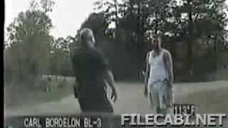 Cop Tricked into Thinking Prison Escapee is a Jogger