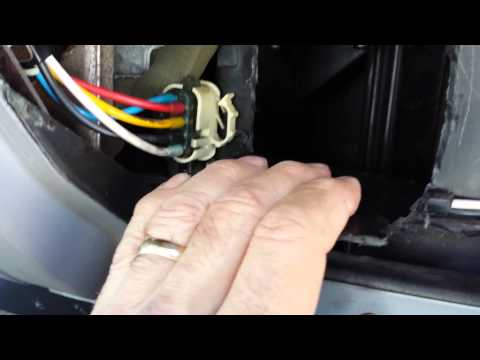 Blend door actuator replacement ford mustang 05 09 for 02 explorer blend door fix