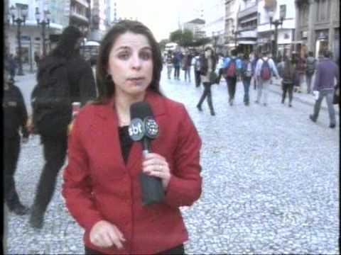 Antonio Borba fala sobre privacidade no Facebook - SBT Paraná - 18/06/2012