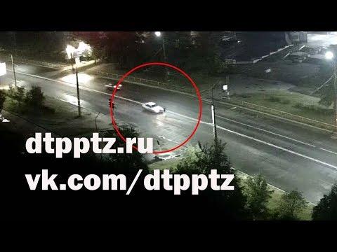 Ночью на улице Ровио сбили пешехода