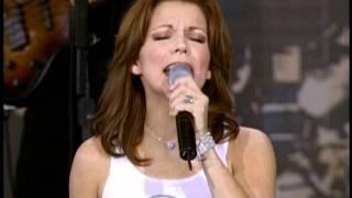 Martina McBride I Love You (Live At Farm Aid 2001)