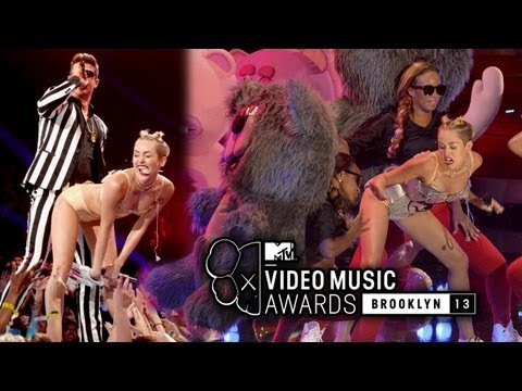 "Photos-Miley Cyrus Strips & Twerks For Robin Thicke's ""Blurred Lines"" Performance at 2013 MTV VMAs"