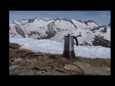 Ascensión y descenso con esquís de la Tuca de Castanesa