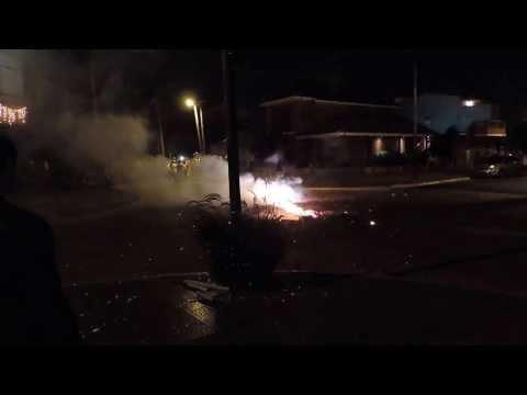Fuegos artificiales Banfield Barrio nuevo - Fin de año 2013/14 METRALLETAS