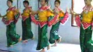 Thai School Children Dancing