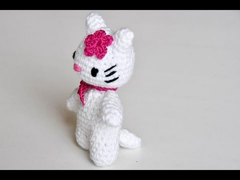 How to Crochet * Hello Lucy, Hello Lomo * Part #2 * Amigurumi, http://www.knitaholics.com/ * This video teaches you how to crochet an Amigurumi Kitty as a prototype for your upcoming Advent calendar. Part 1 shows you how...