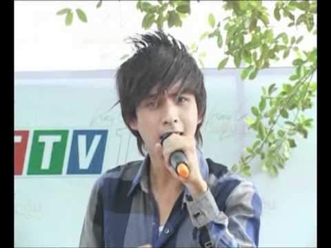 Hình ảnh trong video HO QUANG HIEU _XIN TINH YEU QUAY VE