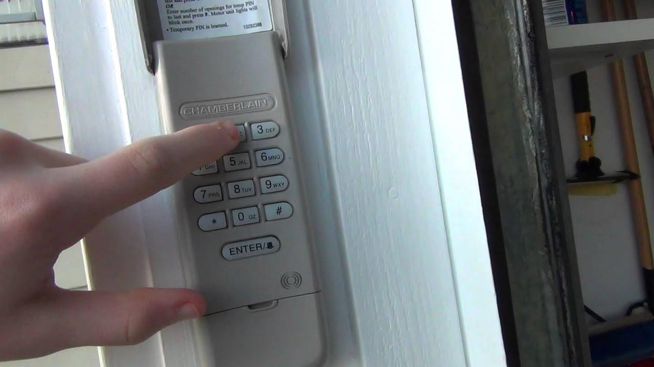 chamberlain garage door opener will not open with remote
