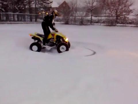 quad im schnee