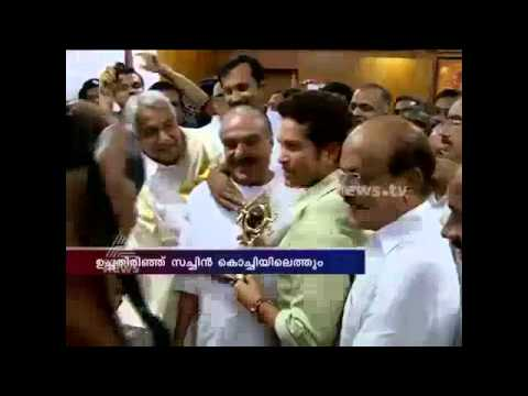 Sachin Tendulkar meets Oommen Chandy at Secretariat