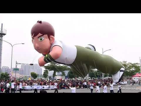 2011.12.04 第6屆 夢時代大氣球遊行 大氣球篇 (上) @ 高雄時代大道