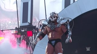 Behind the scenes of Triple H's WrestleMania 31 entrance