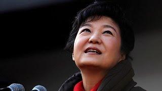 كوريا الجنوبية: النيابة العامة تسعى لاعتقال الرئيسة المعزولة بارك |