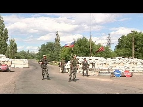 Ukraine: Rebels and government blame each other for breaking ceasefire