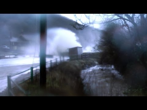 UK Storm 2014 - What it's like in the storm