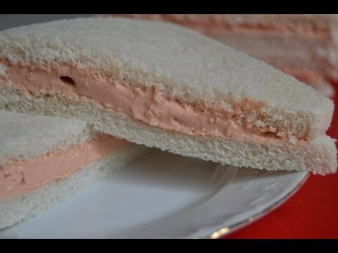 Soft Tomato and Cream Cheese Sandwich