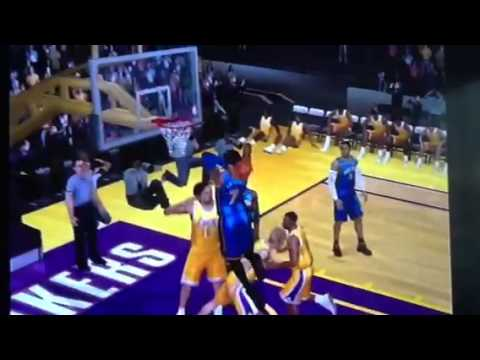 Knicks vs lakers melo dunks over gasol nba 2k12 for ps2