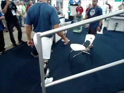 O primeiro e único brasileiro que utiliza a prótese de perna Genium, da Otto Bock.wmv