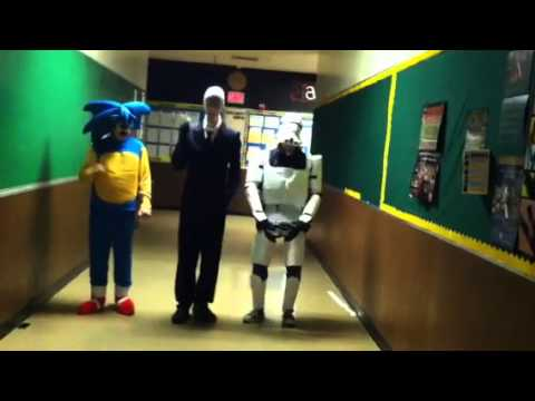 Storm Trooper Slender and Sonic Dance to Gangnam Style
