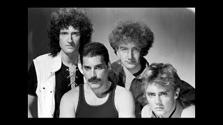 Queen Under Pressure (Official Video)