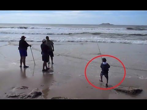 Cậu bé 7 tuổi đi câu cá ngoài biển và kết quả không ai ngờ