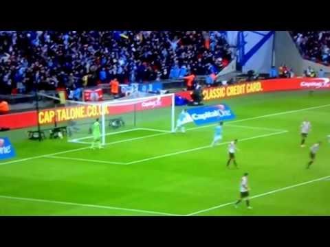 Yaya Toure amazing Goal vs Sunderland - Capital one cup final 02/03/14