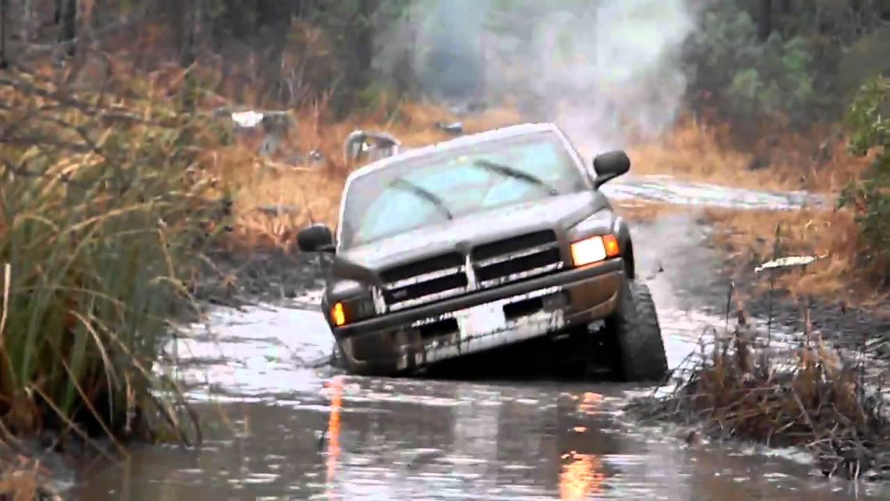 dodge 2500 v10 mudding youtube - Dodge Ram 1500 Lifted Mudding