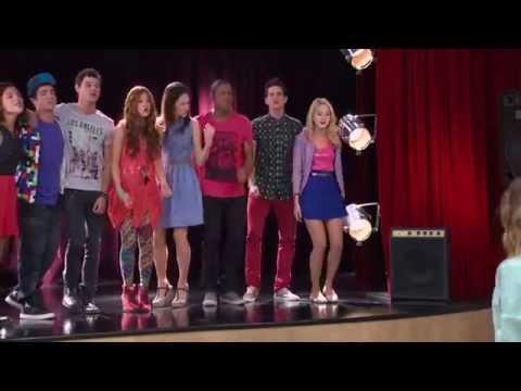 Disney Channel España | Videoclip Violetta - Algo Se Enciende