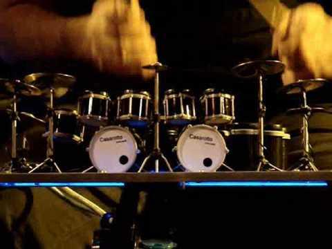 A menor e maior bateria executável do mundo - Henrique de Paula - Mini Drum