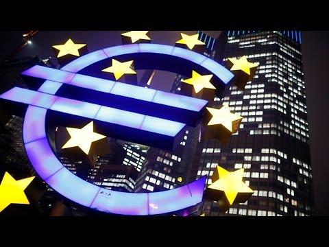 European Stocks Edge Higher, Asia Falls Ahead of Fed Meeting