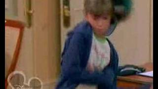 The Suite Life Of Zack And Cody- S1E1: Hotel Hangout Part 1