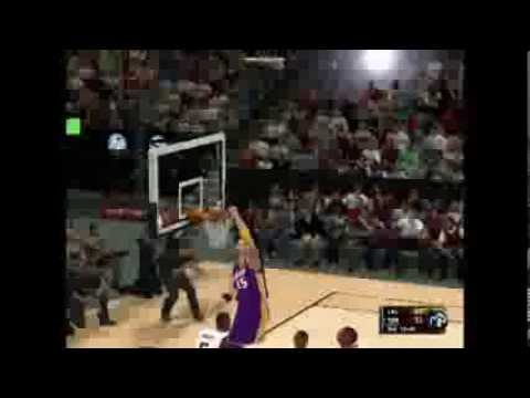 NBA2K11 (Kobe board pass to Paul for a Slam Dunk!!!)