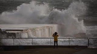 العاصفة «غلوريا» تضرب شرق إسبانيا