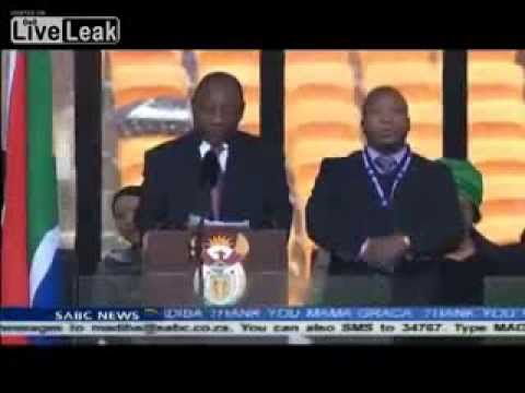 Fake Deaf Man Uses Mock Sign Language at Nelson Mandela Ceremony