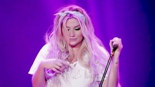 Kesha - Jealous (Nick Jonas Cover) Live In Shanghai