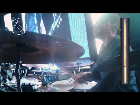 Márcio Zarzir - Ministrando a canção Rei do Universo - David Quinlan
