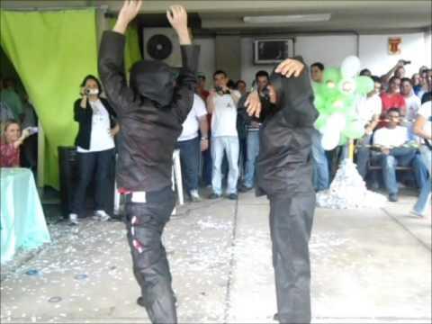 Bimbo é Show dançando
