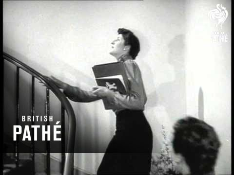 Pringle Fashion Show (1952)