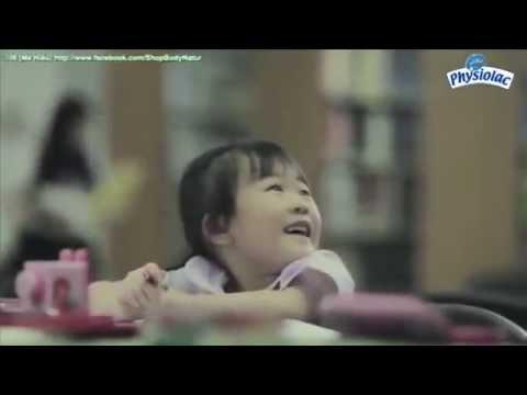 video Cảm động triệu trái tim bà mẹ đơn thân 16 tuổi nuôi con