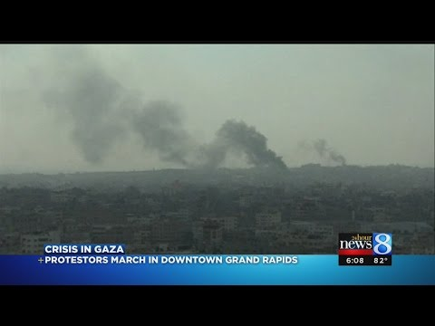 GR protests as death toll in Gaza rises