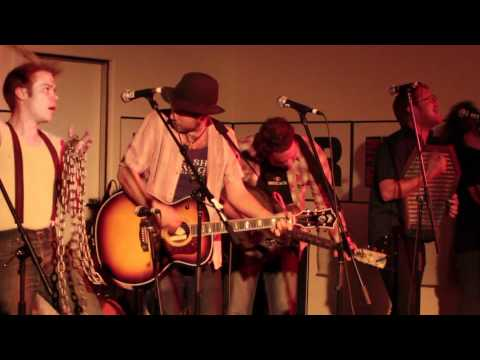 Graveyard Train - Even Witches Like to Go Out Dancing (live at 3RRR)
