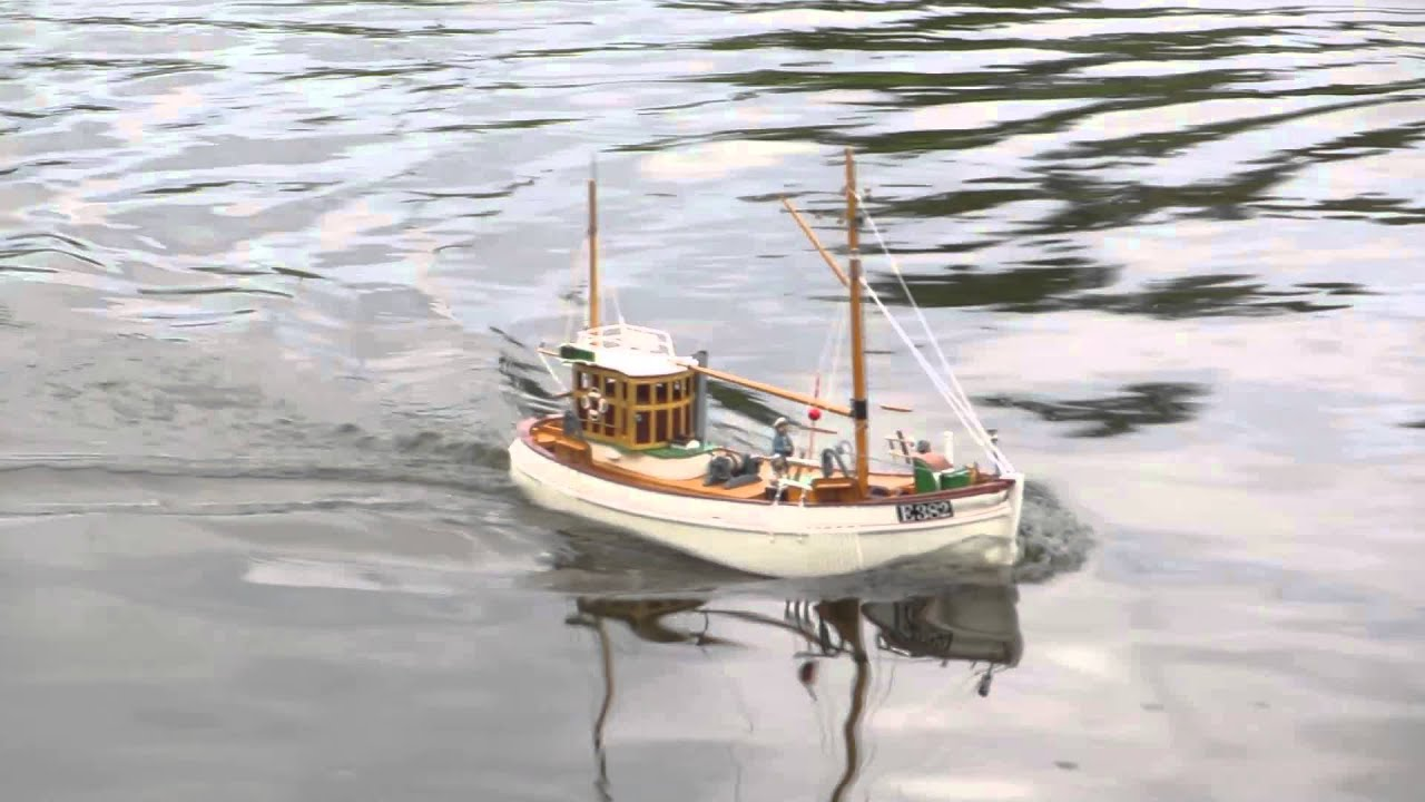 Mary ann scratch built rc scale model fishing boat youtube for Rc boats fishing