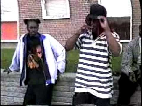 REAL TORONTO GANGSTERS: PELHAM PARK BLOODS BOSS KILLA & YOUNG THUGZ; OJAY, CANCER