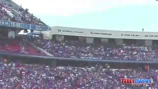 [New York Jets vs Buffalo Bills fan falls from Wilson stadium] Video