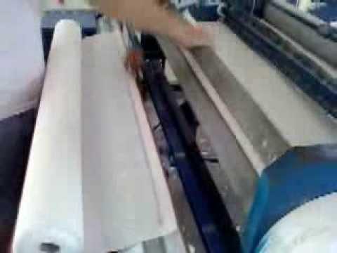 Secenje i lepljenje rolne toalet papira