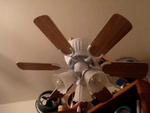 Harbor Breeze 30 Quot Breezeway Hugger Ceiling Fan Youtube