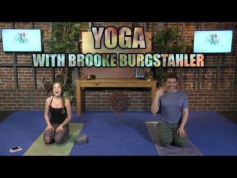 Yoga LIVE! With Brooke Burgstahler (Vinyasa Flow)